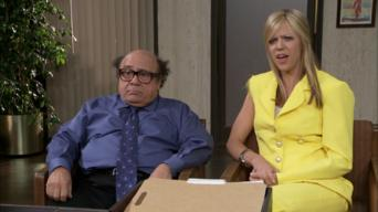 It's Always Sunny in Philadelphia: Season 8: The Gang Recycles Their Trash