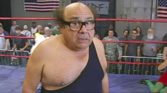 It's Always Sunny in Philadelphia: Season 5: The Gang Wrestles for the Troops